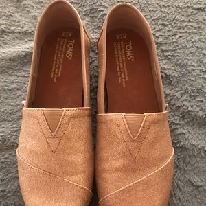 Toms Rose Gold Classic Shoe Size 7.5